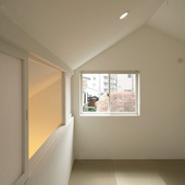 「登り屋根の家」(2012年/住宅/木造/横浜)